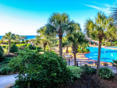 Beautiful Owner Managed Condo at the Crescent-Best Complex In Destin!
