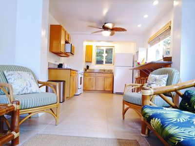 Photo for Hawaiian Cottage-Seconds away from beach access-  air conditioning