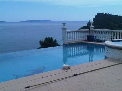 Photo for Air conditioned villa with sea view ------------------