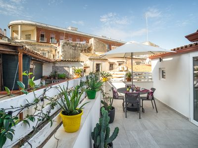 Photo for Cas'amuri is an independent house in the heart of Ortigia. Tourist location