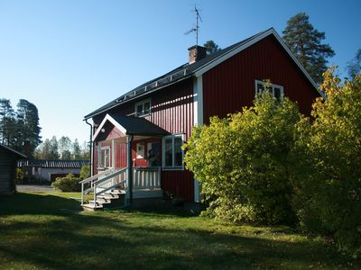 Photo for Traditional Swedish forest cottages by a lake on Varmland-Dalarna border sauna