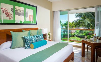 Photo for Golf Mayan Palace (Two Bedroom Suite)
