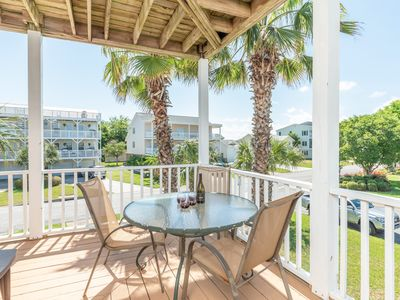 Welcoming Family Home on Tybee Island with Wifi  and minutes from easy beach access