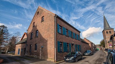 Photo for Historic guest house on the outskirts of Cologne in a vintage atmosphere