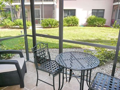 Photo for Perfectly situated condo w/ two heated pools, walk to beach & restaurants