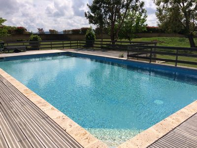 Photo for Small house with pool in the Luberon