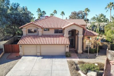 Completely Remodeled Luxury Home with 6 Bedroom 3.5 Bath in the Heart of Scottsdale / Kierland