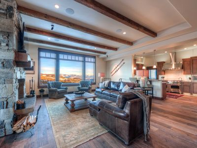 Photo for Lovely Luxury Condo With Sweeping Views! Great Ski Access, Private Hot Tub, Deck
