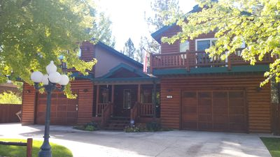 Photo for Beautiful Luxury Home close to downtown stores, Ski slopes and Lake!
