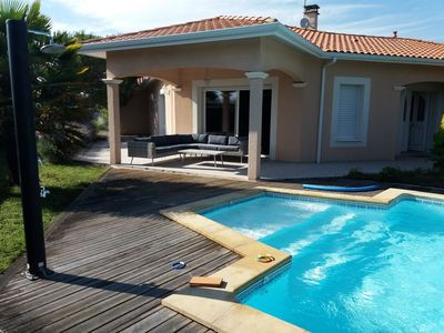 Photo for Large villa with pool on the Bassin d'Arcachon