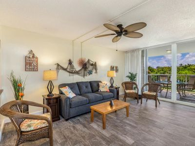 Photo for Newly Remodeled North Shore Condo Sleeps 4