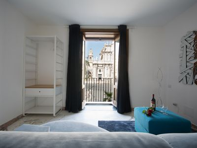 Photo for Stunning quadruple room with balcony and Piazza Duomo view