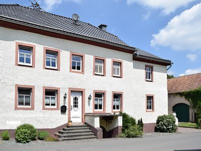 Photo for Large holiday home in the center of the Eifelmaare Wlan dogs welcome