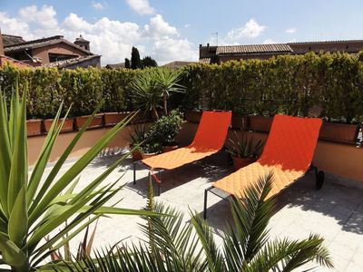 Photo for Trastevere Terrace C5 apartment in Trastevere with WiFi, air conditioning & shared terrace.