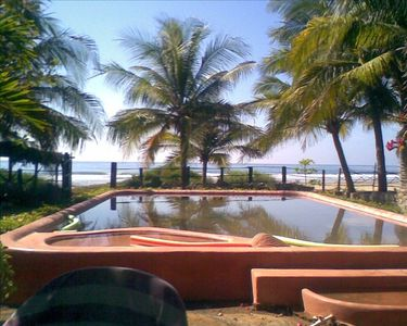 The pool, with a superb view of the Pacific Ocean