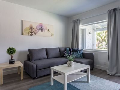 Photo for Cozy and Modern 2B/2B Home, great location Hollywood