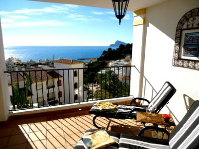 Photo for Ref 107) A tremendous sea view and comfortable apartment Altea (la Vella).