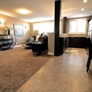Photo for Beautiful 2 Bedroom - Located a block to Wascana Park