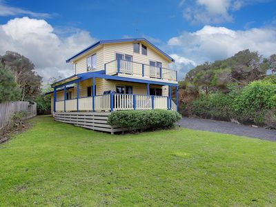 Photo for 22 Marlin St, Smiths Beach