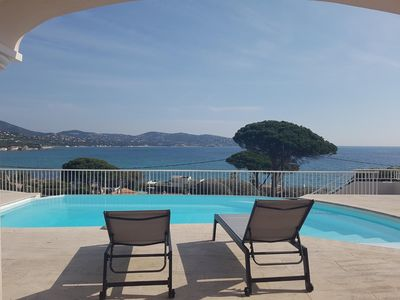 Photo for Beautiful villa with pool and beautiful sea view