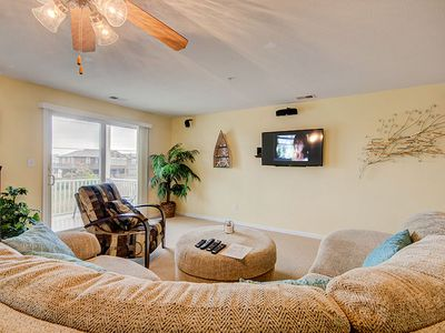 Fourth row with peeks of the ocean, Pool, and direct beach access!
