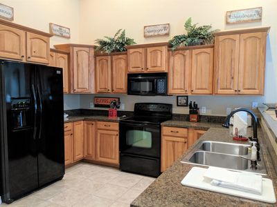 Photo for ♡Velo I - Romantic home close to town w/garage, Patio+Fire Pit, Pet friendly