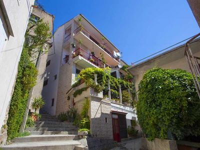 Photo for Studio appartment in Makarska (Makarska) capacity 1+0