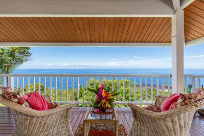 Beautiful upstairs lanai for dining and viewing the 180 degree coastline!
