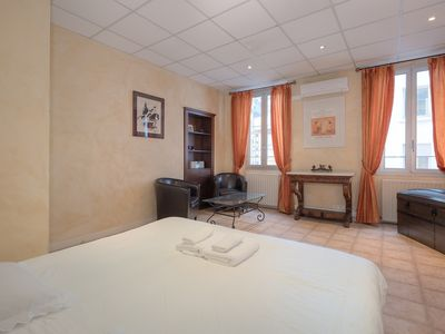 Photo for Wonderful 2 bedrooms heart of cannes!!