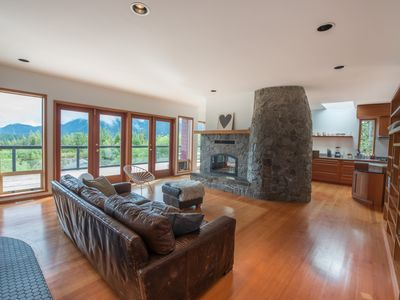 Photo for Contemporary West Coast Home With Panoramic Harbour And Mountain Views.