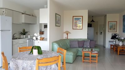 Photo for Spacious accommodation for 6 with beautiful sea view 3 *, air conditioning, Wifi, parking, sea