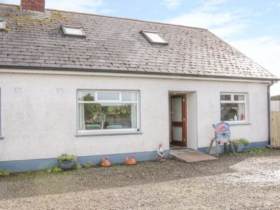 Photo for MAHON COTTAGES, pet friendly in Cootehill, County Cavan, Ref 1004343