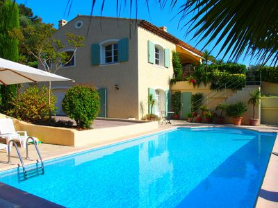 Photo for Provencal Villa, 8 persons, Air conditioning, Amazing view Old Mougins