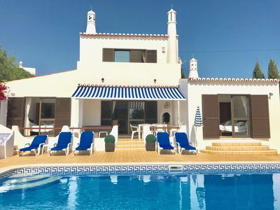 Photo for Carvoeiro Villa 4 Bedroom/4 Bathroom, Private heated pool, Air Con, Wi-Fi, walk