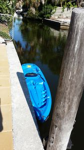 Explore the canals with the complementary kayaks (2)
