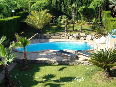 Photo for Lovely apartment for 4 guests with A/C, private pool, TV, balcony and parking