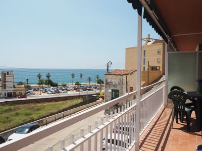 Photo for Apartment with balcony and sea view. 2 minutes away from the beach.