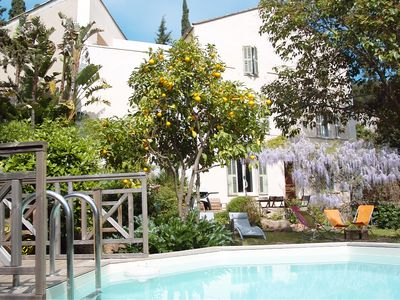 Photo for Bastide 130m2 with heated pool 400m from the sea.