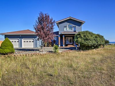 Photo for Bayfront Ocean Shores Home w/ Deck+Fire Pit!