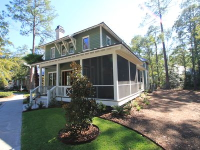 Photo for A Charming Carriage House Apartment in Stock Farm in Old Town Bluffton