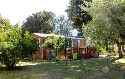 Photo for Cottage - wood 4 or 6 people, 10 min Uzès, WIFI, quiet, pool 10x5