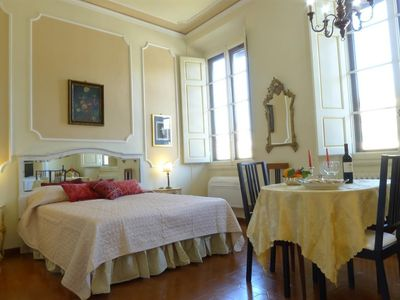 Photo for Studio apartment in the center of Florence with Internet, Air conditioning, Lift (358022)
