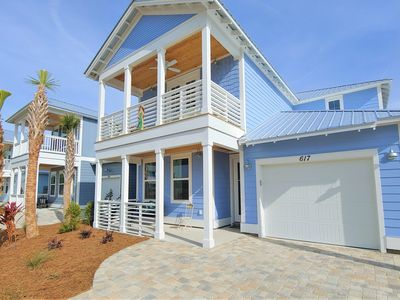 Photo for NEW! HUGE 5 Bedroom+Den-PRIVATE POOL-1 Block to BEACH!