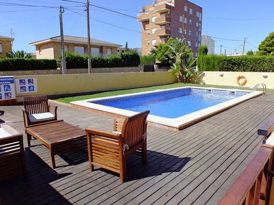 Photo for Lovely apartment with pool, TV, balcony, washing machine and parking