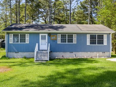Photo for Beach Pines is a fabulous 3 Bedroom/2 Bath Vacation Home on Chincoteague Island.