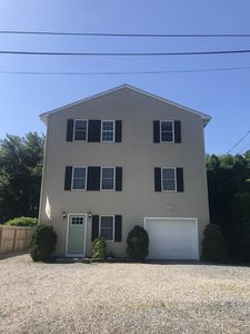 Photo for Large Six Bedroom Home in the Bonnet Shores Neighborhood! Walk to Kelly Beach!