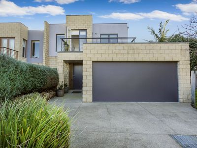 Photo for 3BR Townhome Vacation Rental in Mornington, VIC