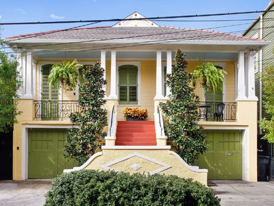 Photo for New Orleans' at its finest! 1/2 Block to Quarter Steps from Port O Call.