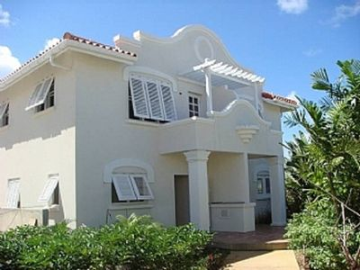 Photo for Charming Colonial Style Townhouse 100yds from Fabulous Beach