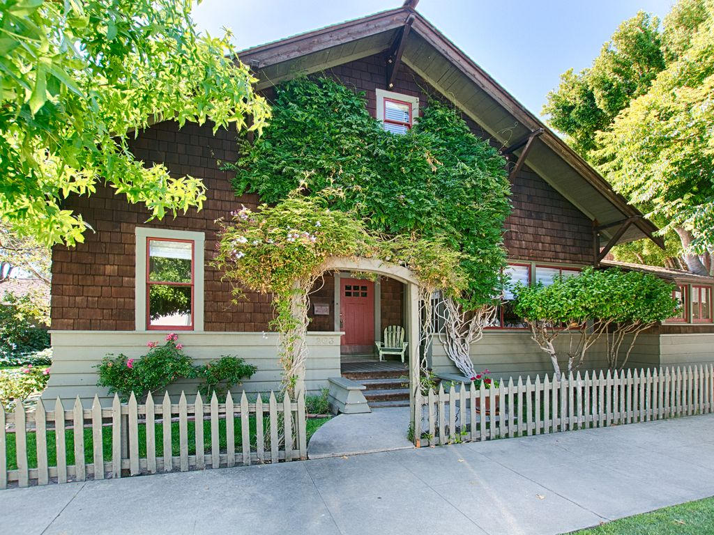 Beautiful Craftsman Style Home HomeAway Seabright